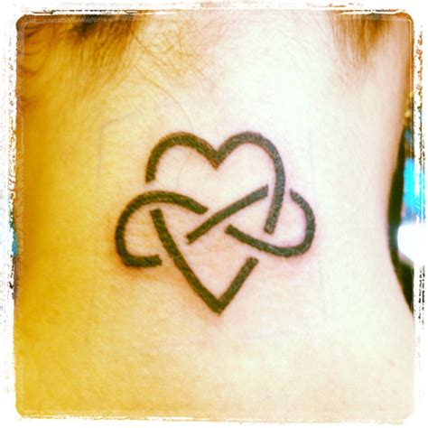 intertwined heart tattoo designs top two hearts intertwined tattoos images for