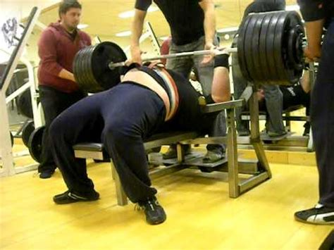 record for heaviest bench press 332 5 kg benchpress in training at viking gym for the wpf