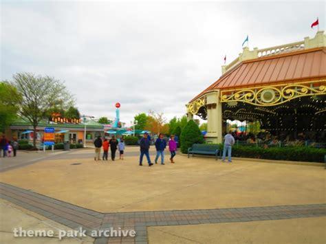 screamin swing dorney park theme park archive 2016 season passholder preview