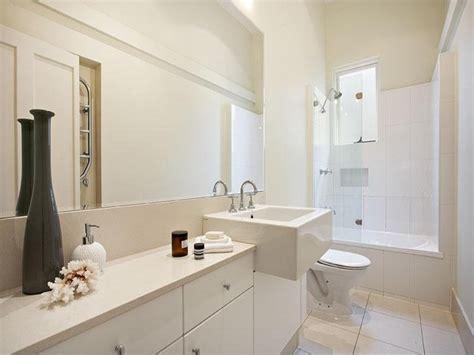 arredo bagno piccolo spazio soluzioni e consigli per arredare un bagno piccolo casa it