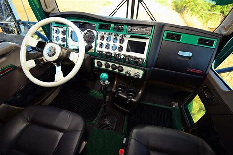 Custom Truck Interiors Uk by Trucks Interiors On Custom Big Rigs