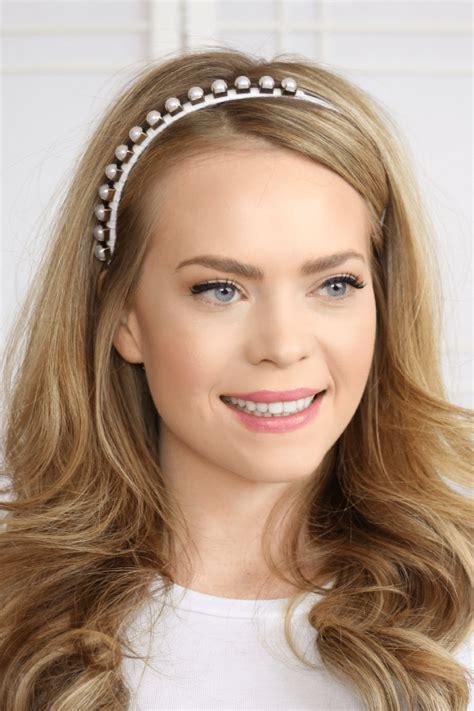 hairstyles with small headbands 8 headband styles