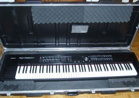 Keyboard Roland Rd 700gx roland rd 700gx image 117695 audiofanzine