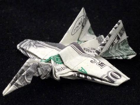 Fighter Jet Origami - amazing origami using only dollar bills 171 twistedsifter