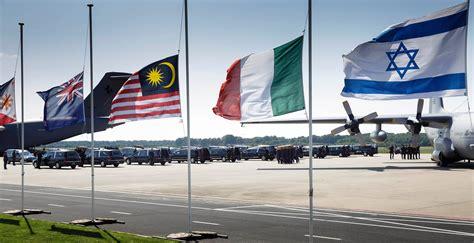 consolato australiano a roma in olanda i corpi delle vittime volo malaysia