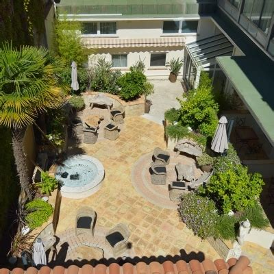 Best Western Le Patio Des Artistes by Hotel Best Western Le Patio Des Artistes Cannes Provenza