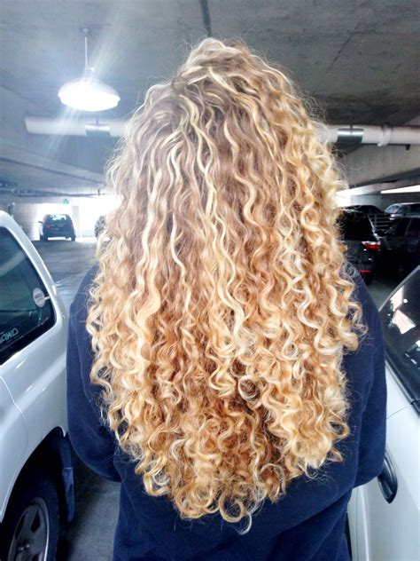 curly dirty blonde hair hair curly blonde hair pinterest curly blonde