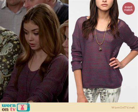 wornontv s purple knit sweater on modern family