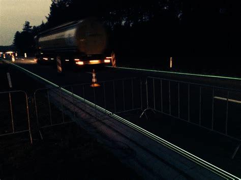 desain kamar glow in the dark glow in the dark highway in netherlands feel desain
