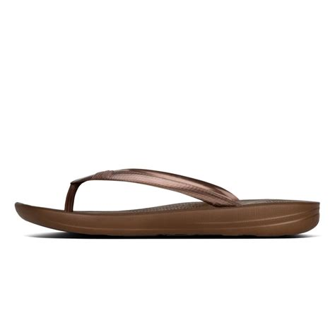 brown jelly sandals fitflop fitflop style iqushion brown jelly sandal with