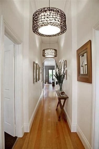 small hallway decor ideas 10 d 233 co couloir canons pour s inspirer deco cool