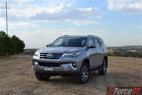 2016 Toyota Fortuner 2 4 G A T toyota fortuner review 2016 toyota fortuner
