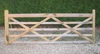 barriere bois chevaux barriere chevaux gamme bois fournisseur en produits d