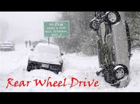 Rear Wheel Drive Snow by This Is Why You Don T Drive Rear Wheel Drive Car In The