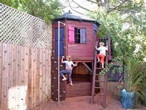 neat backyard ideas 25 best ideas about small yard on house