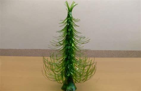 ideas de como hacer arbol navide241o con latas recicladas c 243 mo hacer un 225 rbol de navidad con botellas de pl 225 stico notas la biogu 237 a