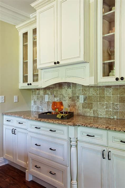how to estimate the cost to replace kitchen cabinets