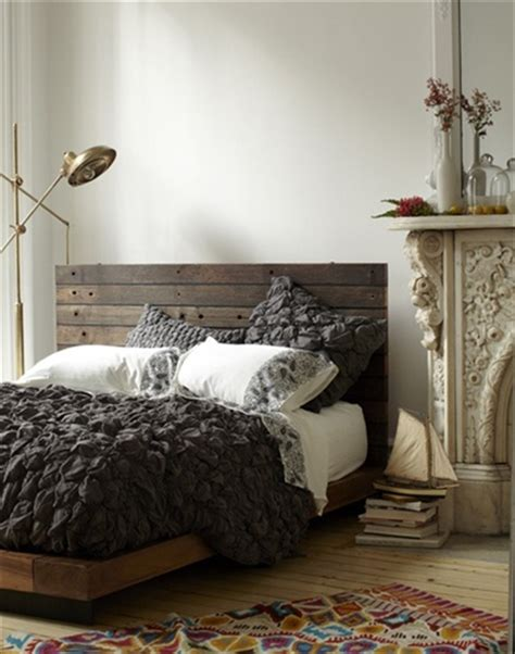 Pallet Headboard For Bed by Decorates Your Bed In Pallet Headboard Budget Freshnist