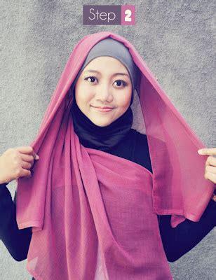 Jilbab Pasang tutorial cara memakai jilbab segi empat modern simple heri seomonkey