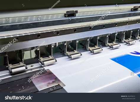 printing vinyl on inkjet printer inkjet device machine running motion vinyl white