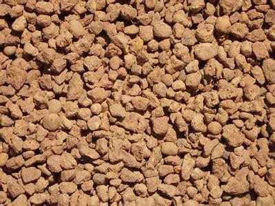 cracked gravel bulk trailer load cubic metre 20kg bag