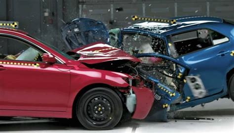 smart car collision test car crash iihs car crash test