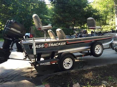 jon boat bass tournament 3500 17 bass tracker tournament v17 1987 aluminum
