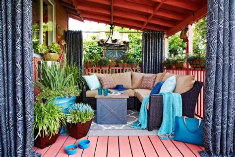 outdoor living spaces on a budget amazing small outdoor living spaces on a budget home