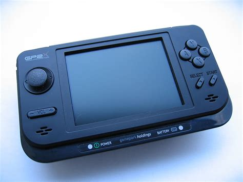 handheld mame console gp2x