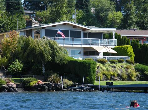 vrbo seattle boat seattle lake washington waterfront home vrbo