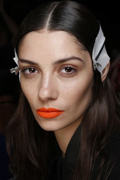 Update Gucci Westmangoyard Makeup by Pictures Makeup Trends From Fashion Week 2014