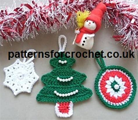 crochet patterns galore christmas tree decorations