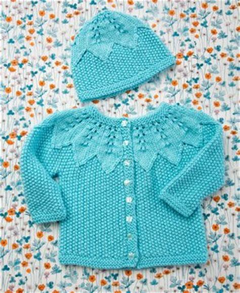 baby sets knitting patterns seed stitch baby set allfreeknitting