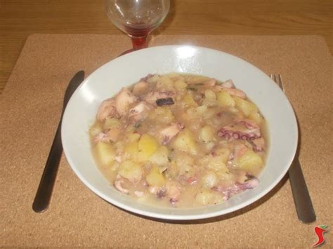 come cucinare polpo con patate polpo con patate polpo e calamari polpo con patate ricetta