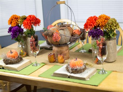 7 Gorgeous Thanksgiving Decor Items by Burlap And Vintage Inspired Thanksgiving Tablescape