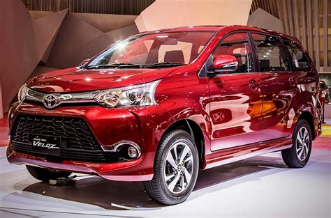 toyota avanza philippines toyota ph introduces 2018 avanza veloz autodeal