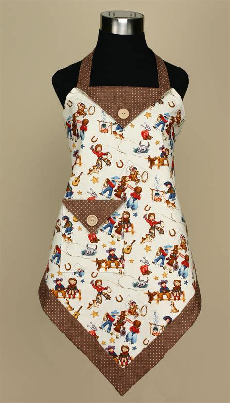 pattern for triangle apron p132 four corners apron vanilla house designs