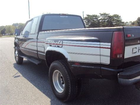 1994 chevrolet c k 3500 extended cab 4x4 dually interior buy used 1994 chevrolet 3500 dually pick up 4wd ext cab 6 5l turbo diesel no reserve in ocean