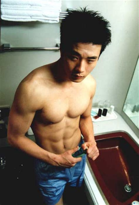 top 10 hottest black leading men 106 park shows bet pics top 10 hottest korean abs stars the priders