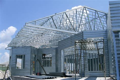 introduction to steel roof trusses