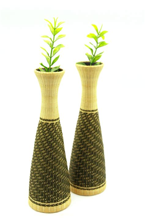 Vase Sizes by Jatujakmall Grid Pattern Ceramic Bamboo Weaving Triangle Vase Size 18 Cm