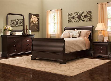 charleston  pc full bedroom set cherry raymour flanigan