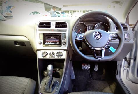 volkswagen polo highline interior 2015 driveza autos post