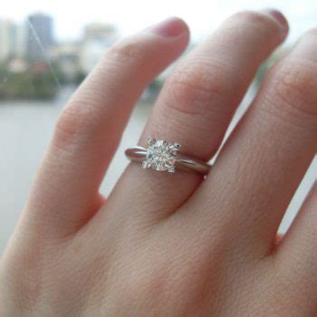 engagement ring selfie photography tips from the experts
