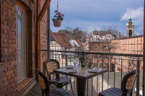 wohnungen in quedlinburg ferienwohnungen ferienappartements quot rathausblick quot in