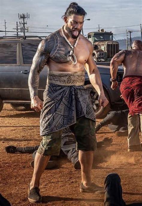 roman reigns roman reigns shirtless wwe superstar roman