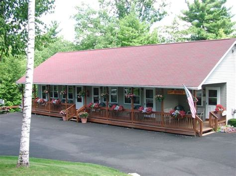 Country Cottages Lake George Ny by Country Cottages And Motel Point