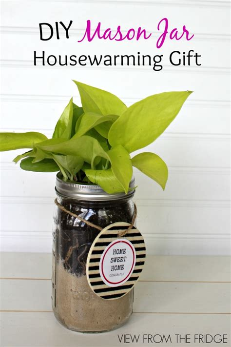 Handmade Housewarming Gifts - these 20 diy housewarming gifts are the thank you