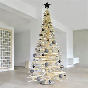 weihnachtsbaum selbst gemacht diy weihnachtsbaum aus holzlatten muttis n 228 hk 228 stchen