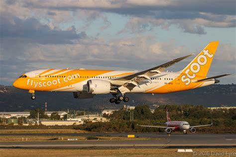 airasia vs scoot 9v ofa boeing 787 8 dreamliner msn 37117 314 of scoot